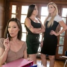 India Summer - Parent Teacher Secrets | Picture (1)